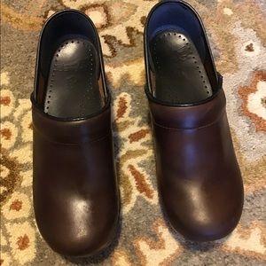 Dansko shoes clogs, size 7